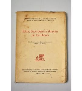 Ritos, Sacerdotes y Atavíos de los Dioses (ABAJO)*
